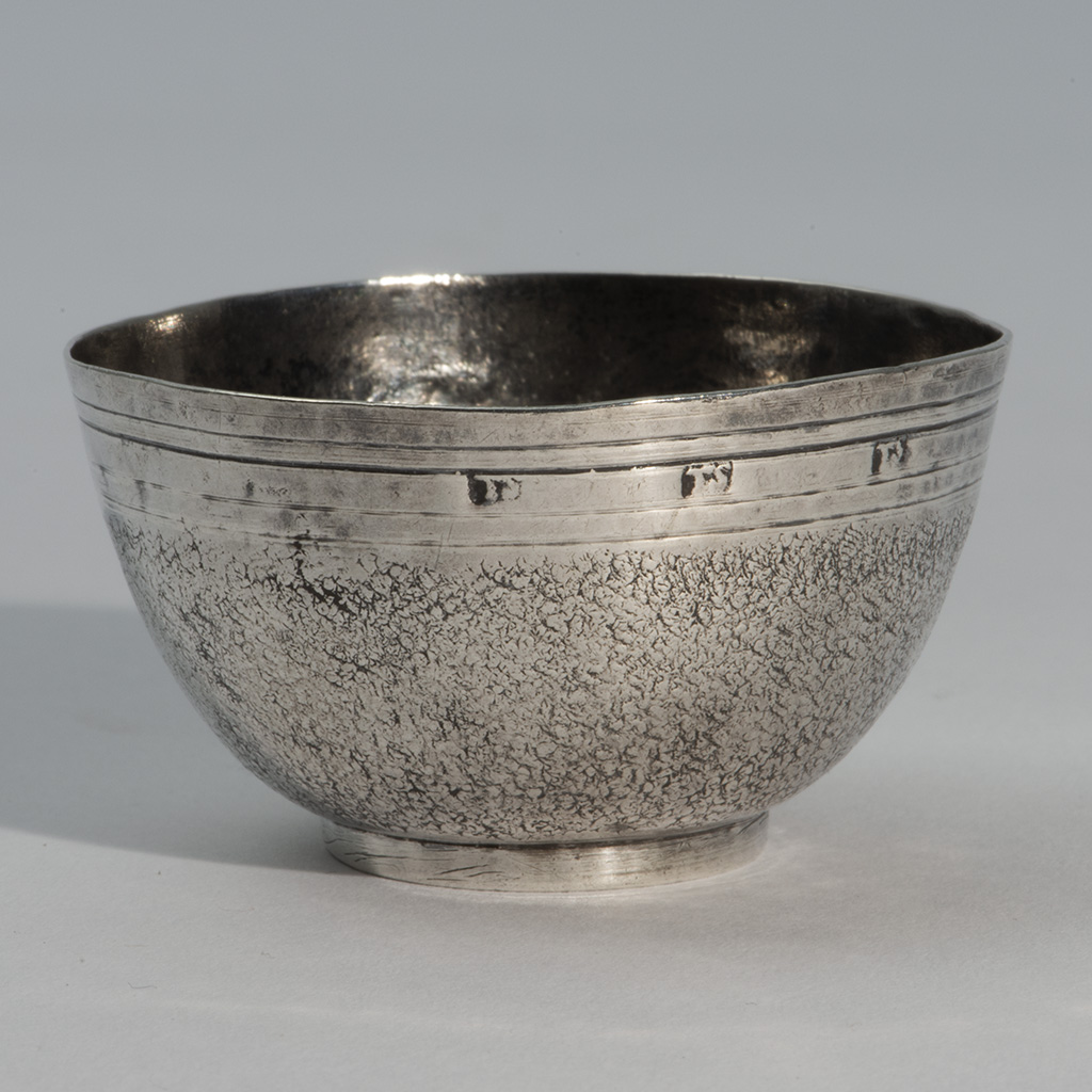 A Late 17th Century Silver Drinking Cup Or Small Tea Bowl.